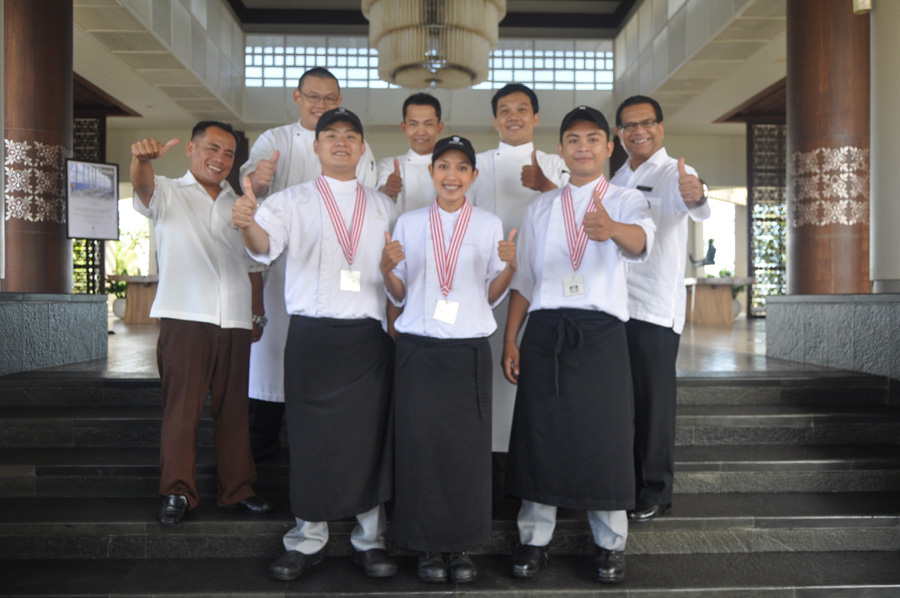 BANYAN TREE UNGASAN CELEBRATES SILVER MEDALS AT INDONESIAN SALON CULINAIRE 2013
