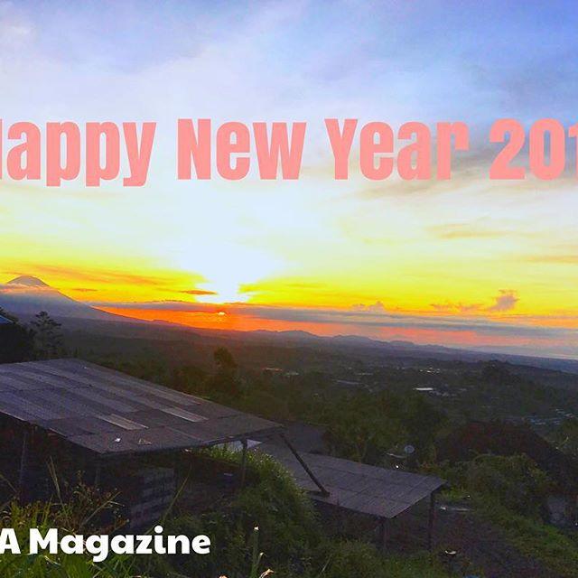 Happy New Year 2017.Selamat tahun baru❣️.明けましておめでとうございます..#bali #happynewyear #sunrise #2017 #newyear2017 #tahunbaru #バリ #バリ島 #明けましておめでとうございます #賀正 #謹賀新年 #朝日 #旅 #海外 #海外旅行 #新年